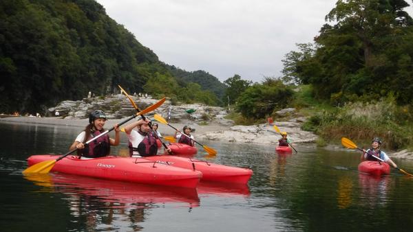 長瀞のカヤック体験/水に浮かぶ楽しさ