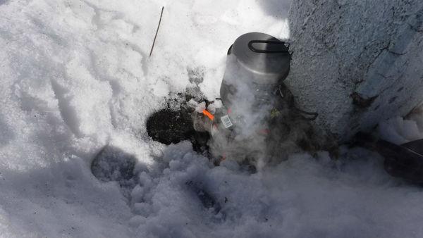 スノートレック/雪の中でも暖かい飲み物